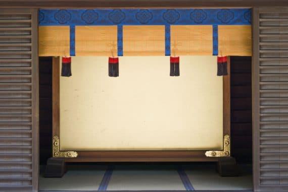 Fabio Perletta - Ichinen, doorway of shrine in Tokyo