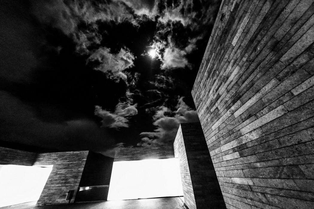 MADIERADiG - Art Center Casa Das Mudas by Roland Owsnitzki, black and white modernist architecture
