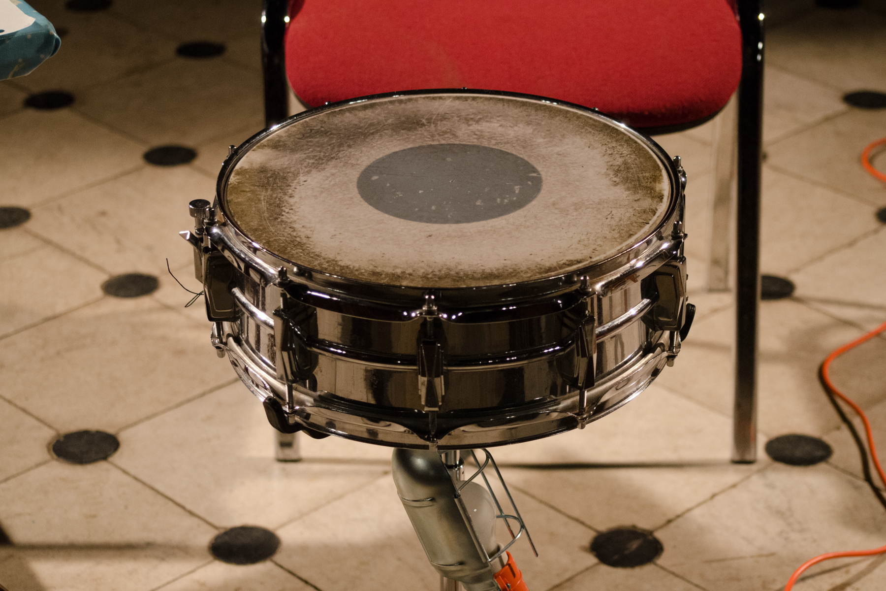 Nick Hennies at Todmorden Unitarian Church, snare drum on stand