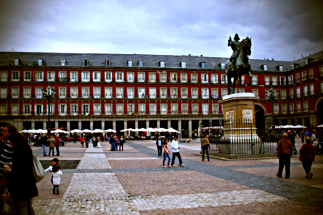 Plaza Mayor, Madrid by Kevin Poh